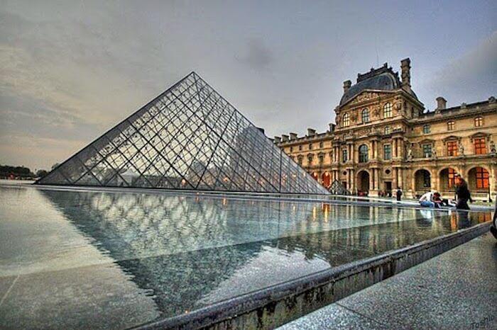 Mouseu do Louvre em Paris