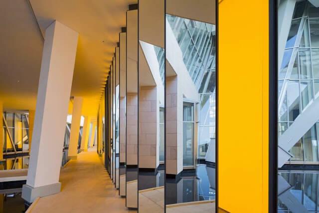 Interior Fundação Louis Vuitton em Paris