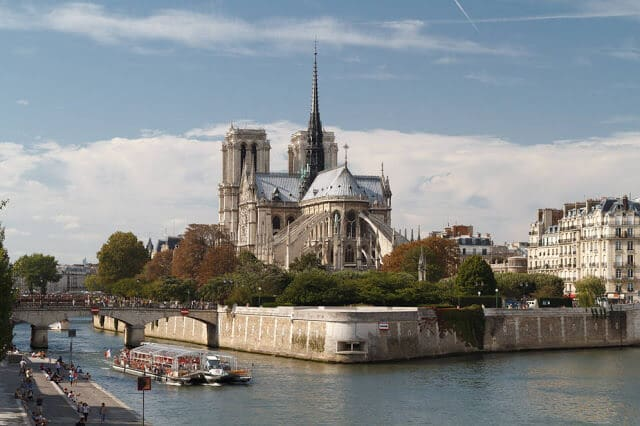 Ile de la cité em Paris