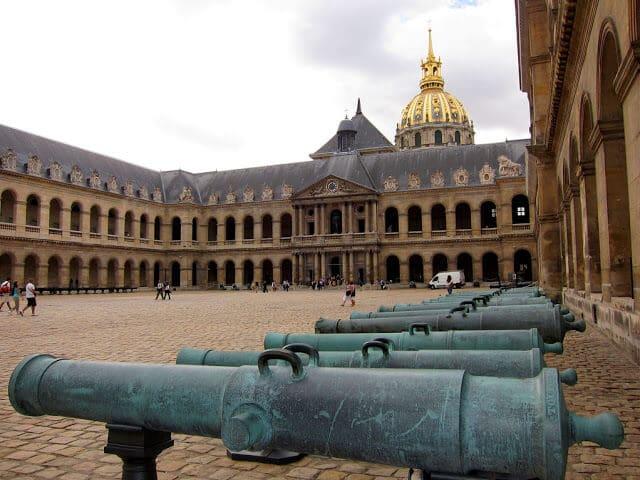 Entrada Museu des Invalides em Paris