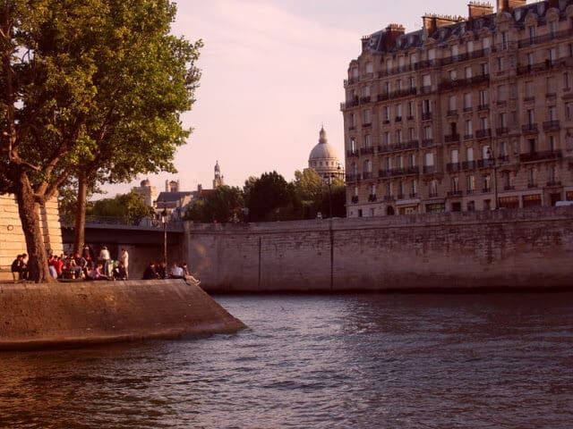 Rio Sena em Paris