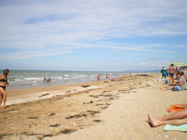 Praia de Cabourg perto de Paris