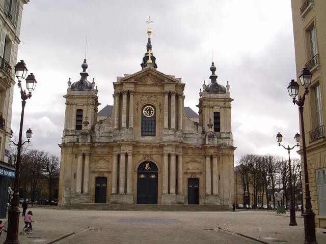 Catedral Sao Luis em Versalhes