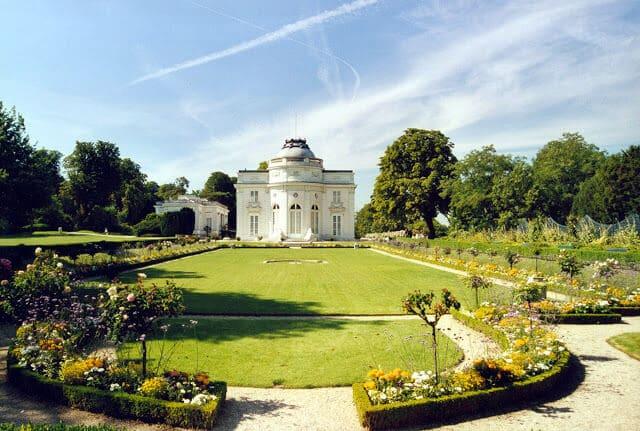 Les jardins de Bagatelles em Paris