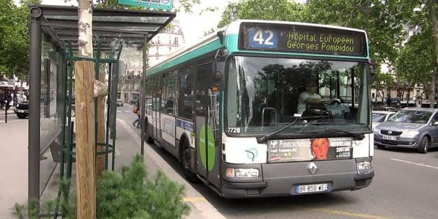Ônibus de Paris