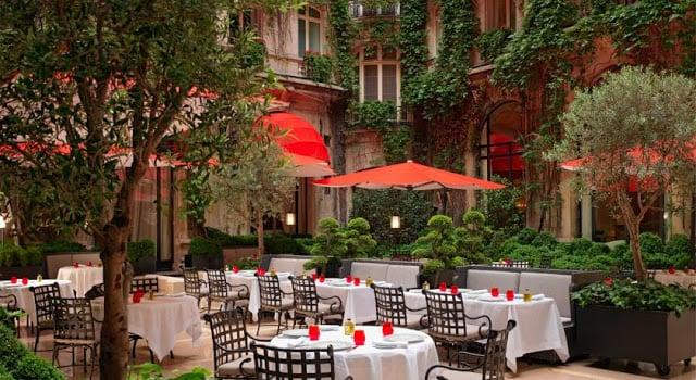 Hotel Plaza Athénée em Paris