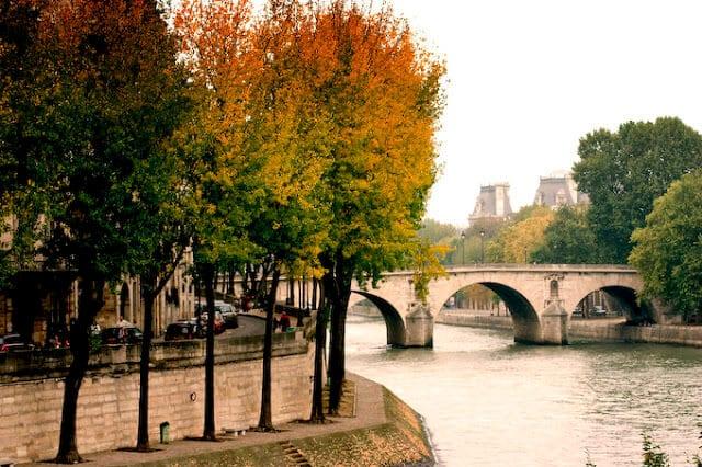 Vista de Paris em Outubro