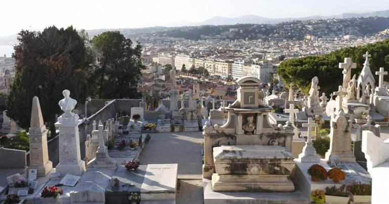 Lápides do Cemitério Judaico em Nice