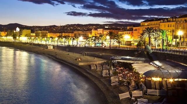 Promenade des Anglais de noite