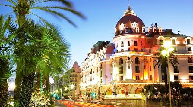 Hotel Negresco na Promenade des Anglais