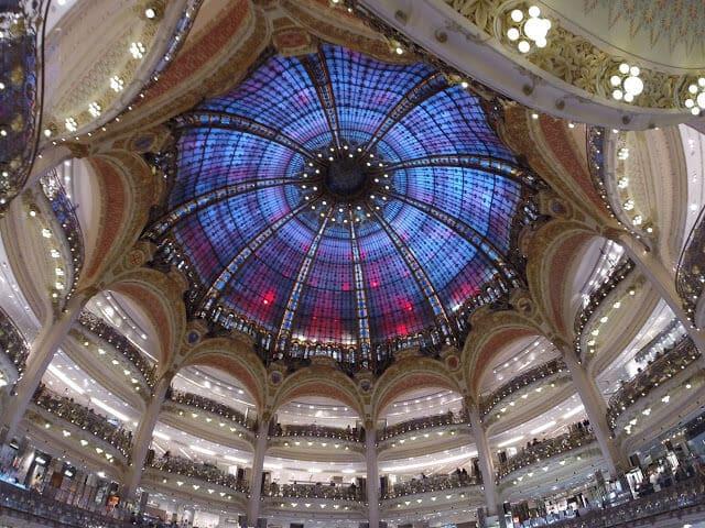 Teto da Loja Galeries Lafayette em Paris