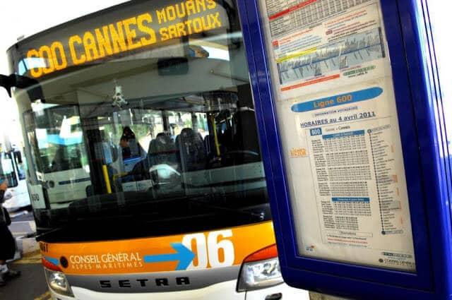 Ônibus do aeroporto de Nice ao centro de Cannes