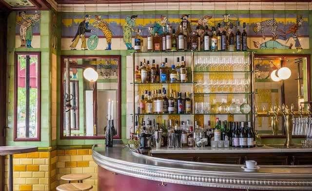 Wine bar Le Clown em Paris