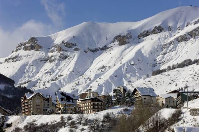 Auron Ski Resort em Mônaco