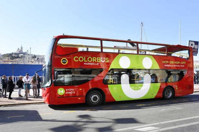 Ônibus turístico em Marselha