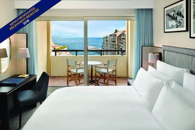 Quarto do Hotel Columbus Monte Carlo em Mônaco