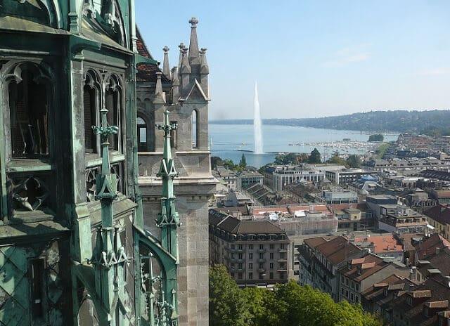 Vista da Fonte desde a Catedral da cidade