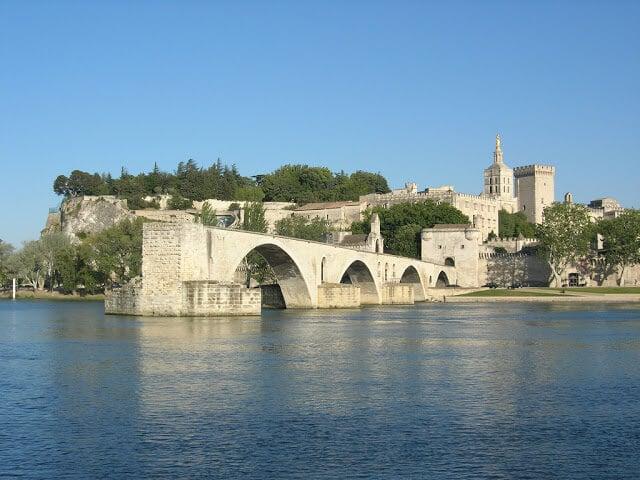 Ponte Saint-Bénézet em Avignon
